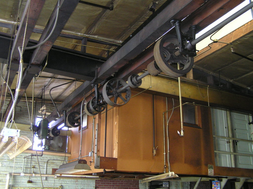 Pully system in its original position