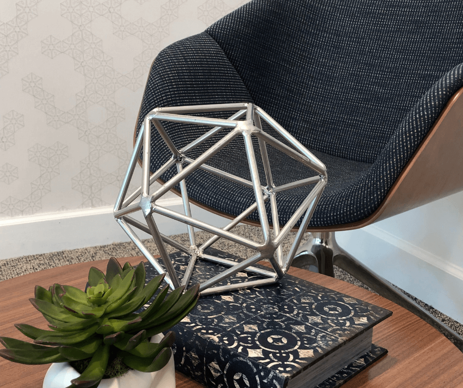 Comfortable chair with decor